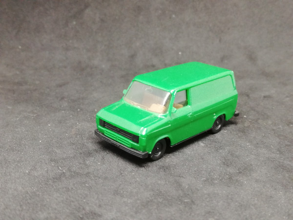 Herpa Ford Transit grün