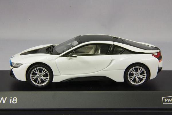 Paragon Models 91052 BMW i8 Crystal White 1:43