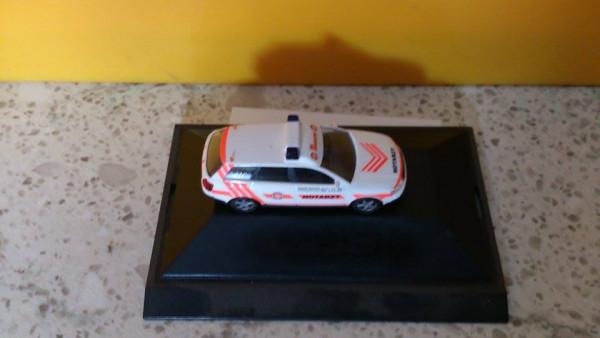 """Busch 49257 Audi A4 Avant """"Johanniter Notarzt"""""""