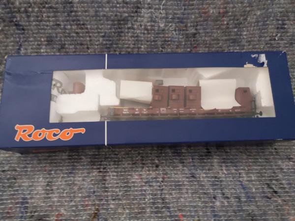 Roco 66348 2 achs Rungenwagen mit Bremshäusern