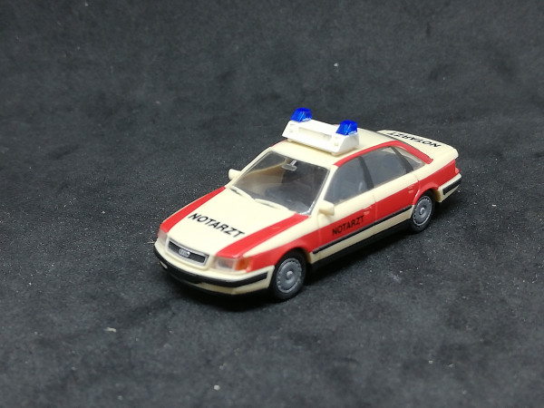 Rietze Audi 100 Notarzt