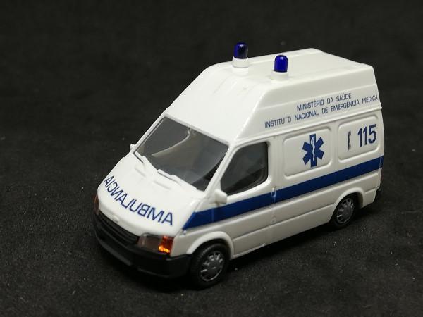 Rietze Ford Transit Ambulancia