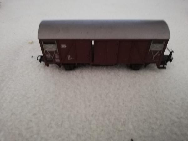 Roco 2 achs gedeckter Güterwagen 1:87