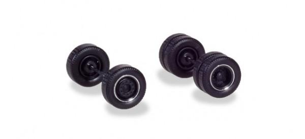 H054041 Radsätze für Zugmaschinen mit Breitreifen, schwarz mit Chromring (4 Radsätze)
