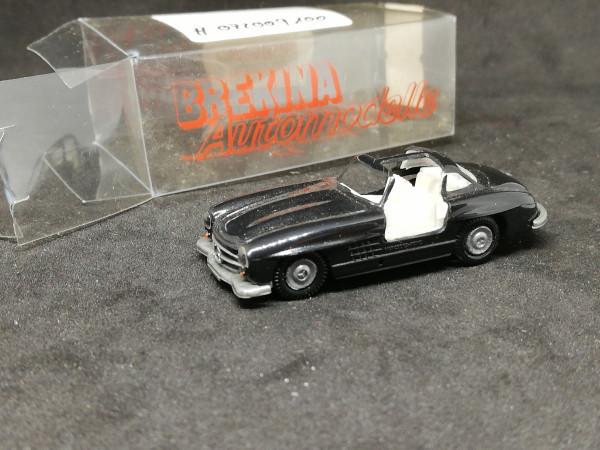 Brekina MB 300 SL schwarz