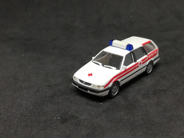 Herpa 185288 VW Passat Notarzt