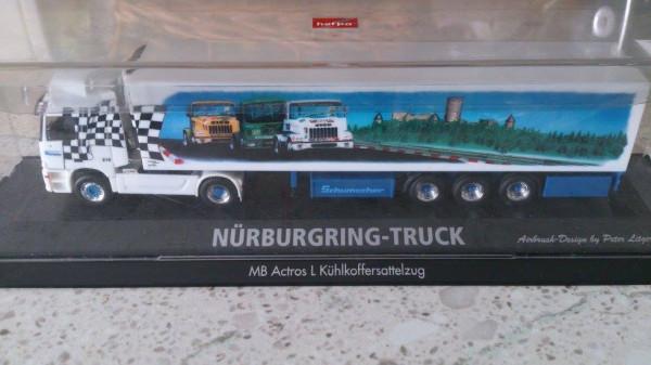 """Herpa 120135 Mercedes-Benz Actros L Kühlkoffer-Sattelzug """"Schumacher Nürburgring"""""""