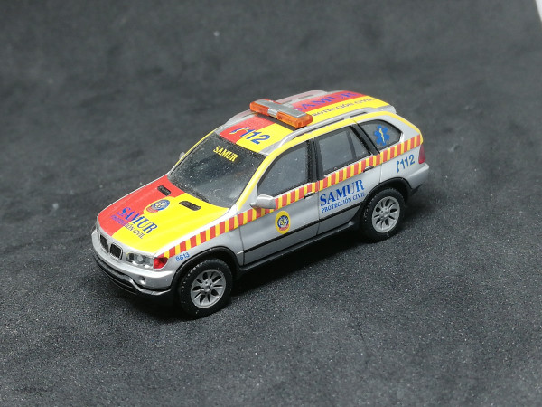 Herpa 046299 BMW X 5 Samur