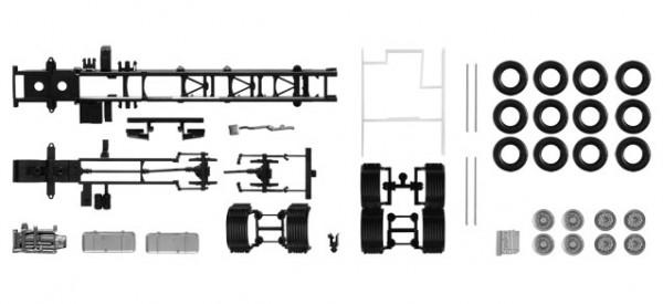 084703 Fahrgestell Volvo 4-achs LKW mit Chassisverkleidung (Inhalt: 2 Stück)